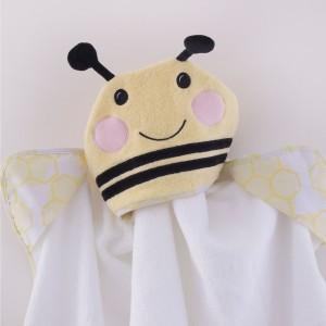 """BEE BEAUTIFUL Novelty Hooded """"Bee"""" Bath Towel"""